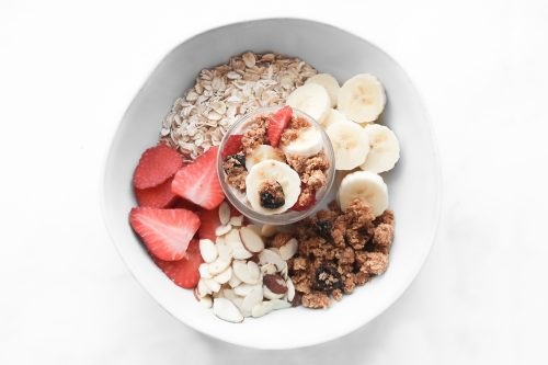 red-berry-overnight-oats